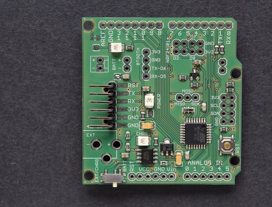 ATMega328p board w/ NRF24l01+ and Bluetooth module sockets